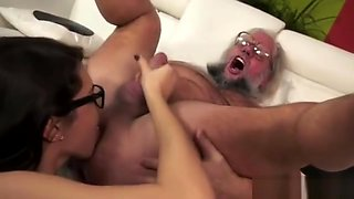 Geek Girl Catalina Love To Fuck Old Guy