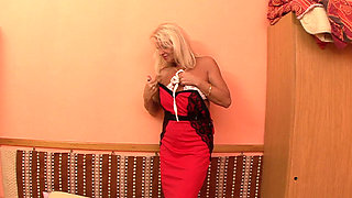 Granny Anett gets pounded hard