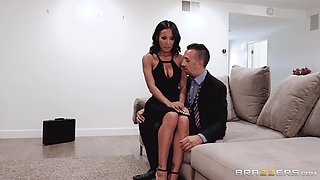 amazing amia loves rough sex