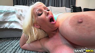 Whore mommy Alura Jenson seduces stepson and fucks him like there's no tomorrow