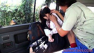 Tiny japanese schoolgirl sucking cock in car