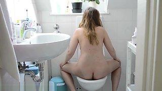 Girls Toilet - 3