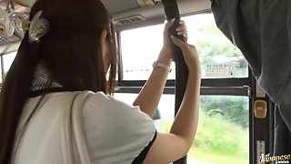 Yuu Asakura´S Ass Is Rubbed With A Cock On The Bus