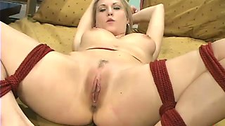 Harmony enjoys getting her coochie drilled by a fucking machine