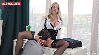 Kinky Lara De Santis Gets All Wet On Students Cock