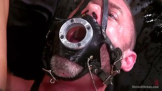 dark mistress daisy ducati squirt in slave's face while riding dildo on his chest