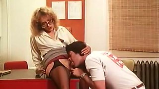 Super naughty chick in crotchless pantyhose gets her pussy eaten