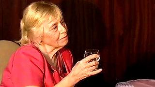 Oma Mit 70 Ist Es Geiler