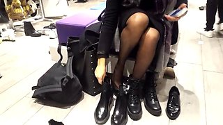Gf&#039s boot shopping pantyhosed legs feets