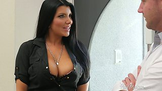 Stunning big breasted real estate dealer Romi Rain provides buyer with BJ