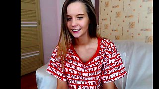 Hottest Nipples of a 19yo Teen on Webcam