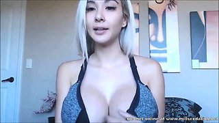Webcam girl from Milfsexdating Net listening to her fans