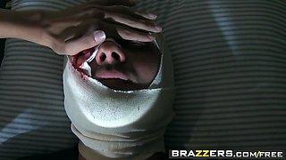 Brazzers - Doctor Adventures - Missy Martinez Johnny Sins - In the Line of Boner