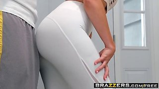 Real Wife Stories - His Wife Squats (On My Dick) scene starr