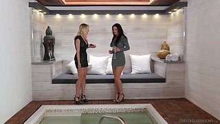 Mind-blowing lesbian action with India Summer and a horny milf