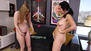 Bush Sniffing and Pissing Yoga Lesbians