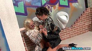 Pussy licking lesbians bukkaked