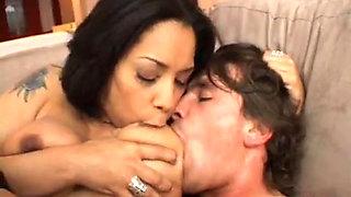 Jasmine Cashmere Dando o Rabo a Manuel Ferrara