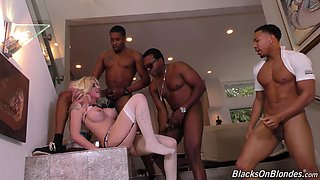 Monster cocks are all kinky blonde Leya Falcon wants to play with