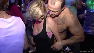 a hot party clip with horny guys and drunk babes