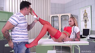Horny nurse Kayla Green seduces a hot fellow for a plowing session