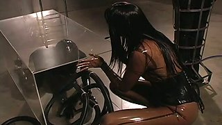 Kinky mistress controls her immobilized slaves the way she likes it