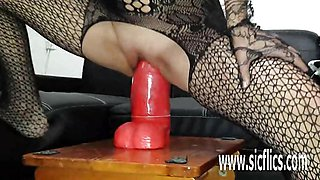 Sarah fucks a colossal dildo in her flexy pussy