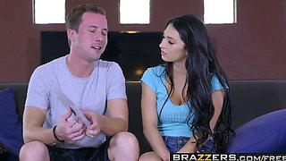 Brazzers   Moms in control   Cyrstal Rae Diamond Jackson and Jessy Jones   Moms Twist Of Date