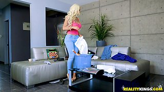 Nicolette Shea is a busty blonde who likes to fuck hard