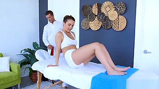 Dillion Harper is oiled up and ready to fuck - Brazzers