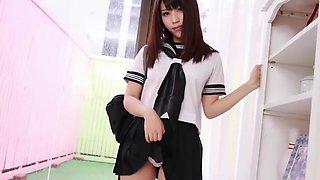 Japanese schoolgirl Maiko loves to show her white panties