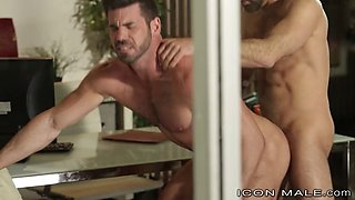 iconmale young lawyer voyeur sees boss cum on another person