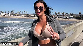 Jasmine Jae wants to experience American dick
