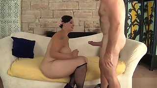 Plumper Milf Savannah Star Riding A Fat Dick