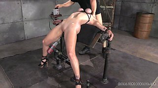 Stretching Her Limits In Bondage Device
