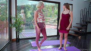 Lovely lesbians Arya Fae and Alyce Anderson like to masturbate together